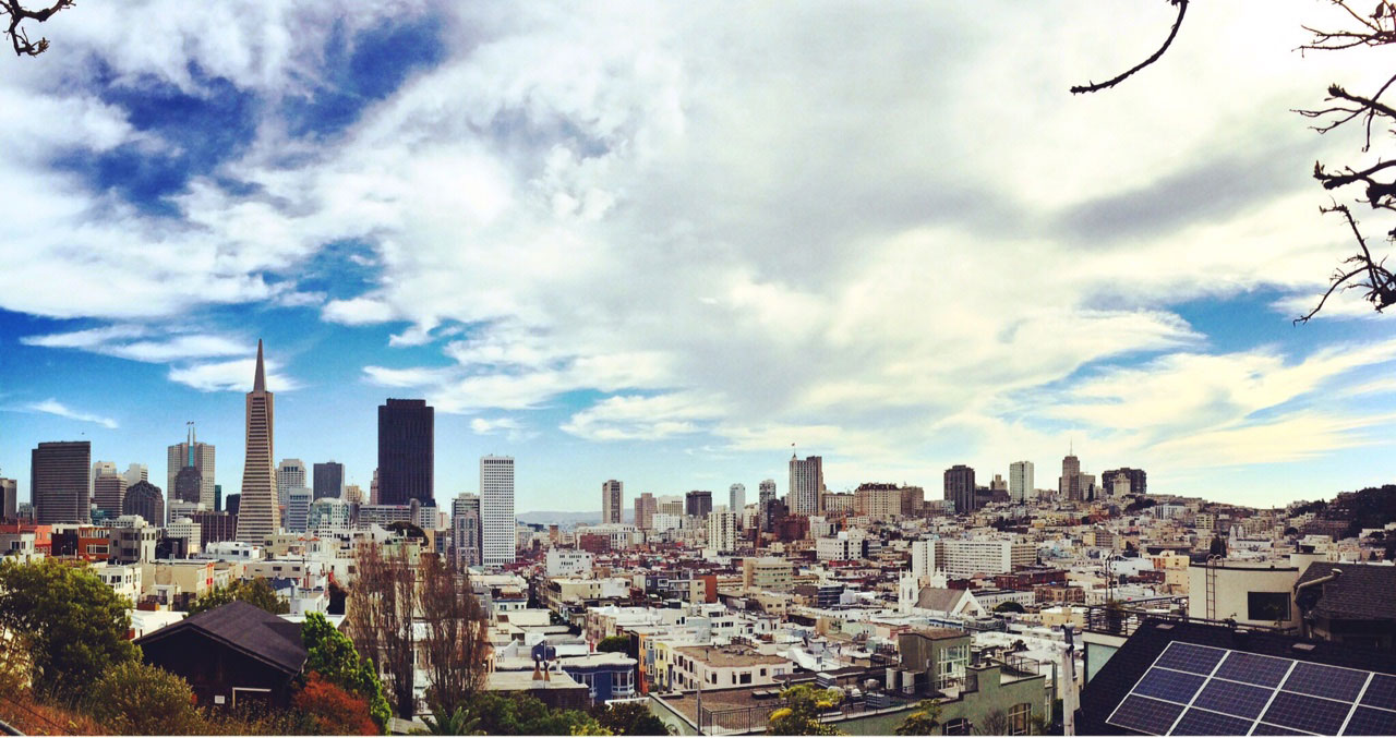 a panoramic view of the san francisco skyline